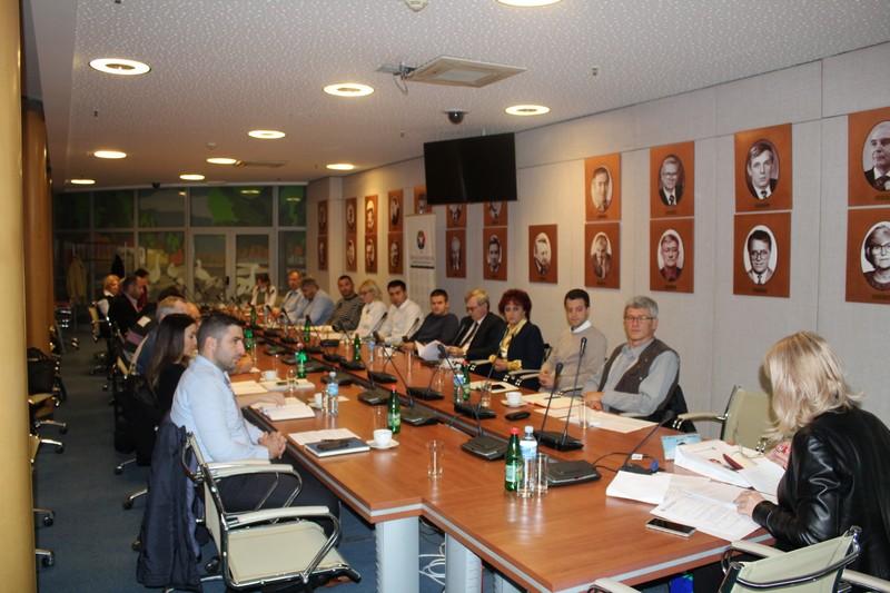 Конституисана Групација за транспорт опасне робе у Удружењу услуга Привредне коморе Војводине