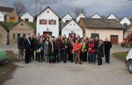 Сусрети војвођанских и мађарских винара, туристичких радника, академских и привредних институција у Печују и Вилању