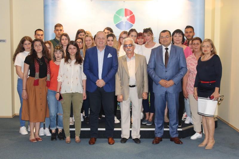 Традиција дуга више од 20 година – студенти из Румуније у посети Привредној комори Војводине