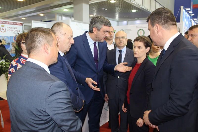 Мировић и Брнабић посетили Међународни пољопривредни сајам