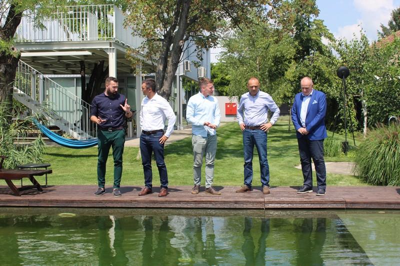 """Привредна комора Војводине у посети """"Мокрин хаусу"""" (Mokrin house) у Мокрину"""