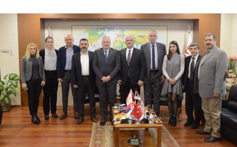 Uspešna poseta Privredne komore Vojvodine Industrijskom samitu u Bursi 2018.