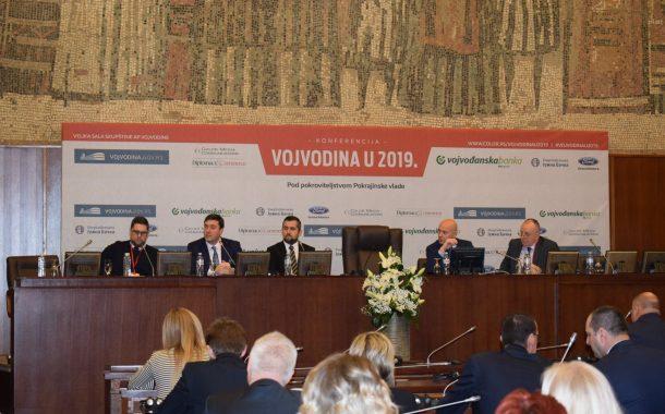 """Привредна комора Војводине учесник конференције """"Војводина у 2019"""""""