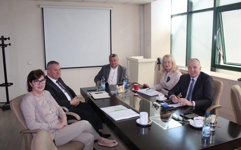 """Привредна комора Војводине у радној посети """"Универекспорт групи"""""""