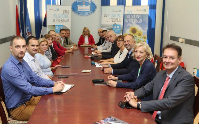 """Privredna komora Vojvodine učesnik manifestacije """"Dani Vojvodine u Trebinju"""""""