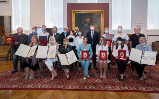 Привредна комора Војводине наградила најбоље у угоститељској и туристичкој делатности АП Војводине за 2019. годину