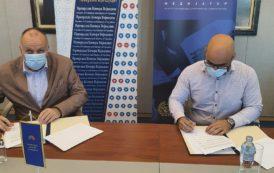 Potpisivanje sporazuma između Privredne komore Vojvodine i Instituta za medijaciju, pregovaranje i javne politike