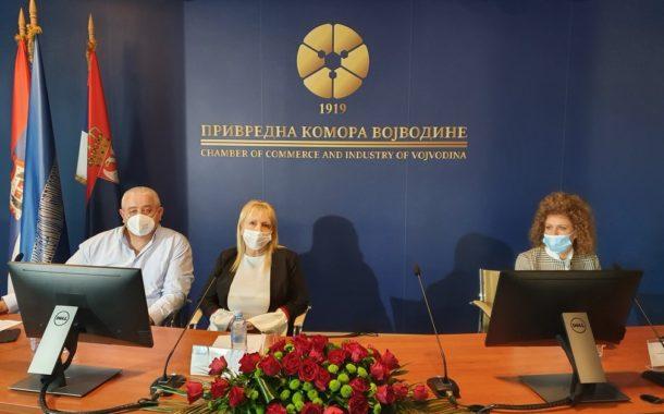 """У Привредној комори Војводине одржан је тематски скуп """" Мере подршке за суфинансирање инвестиција у пчеларство на територији АП Војводине"""""""